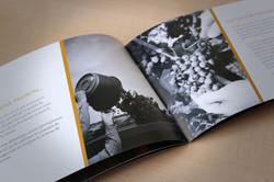 Brochure multilingue destinée aux professionnels du vin
