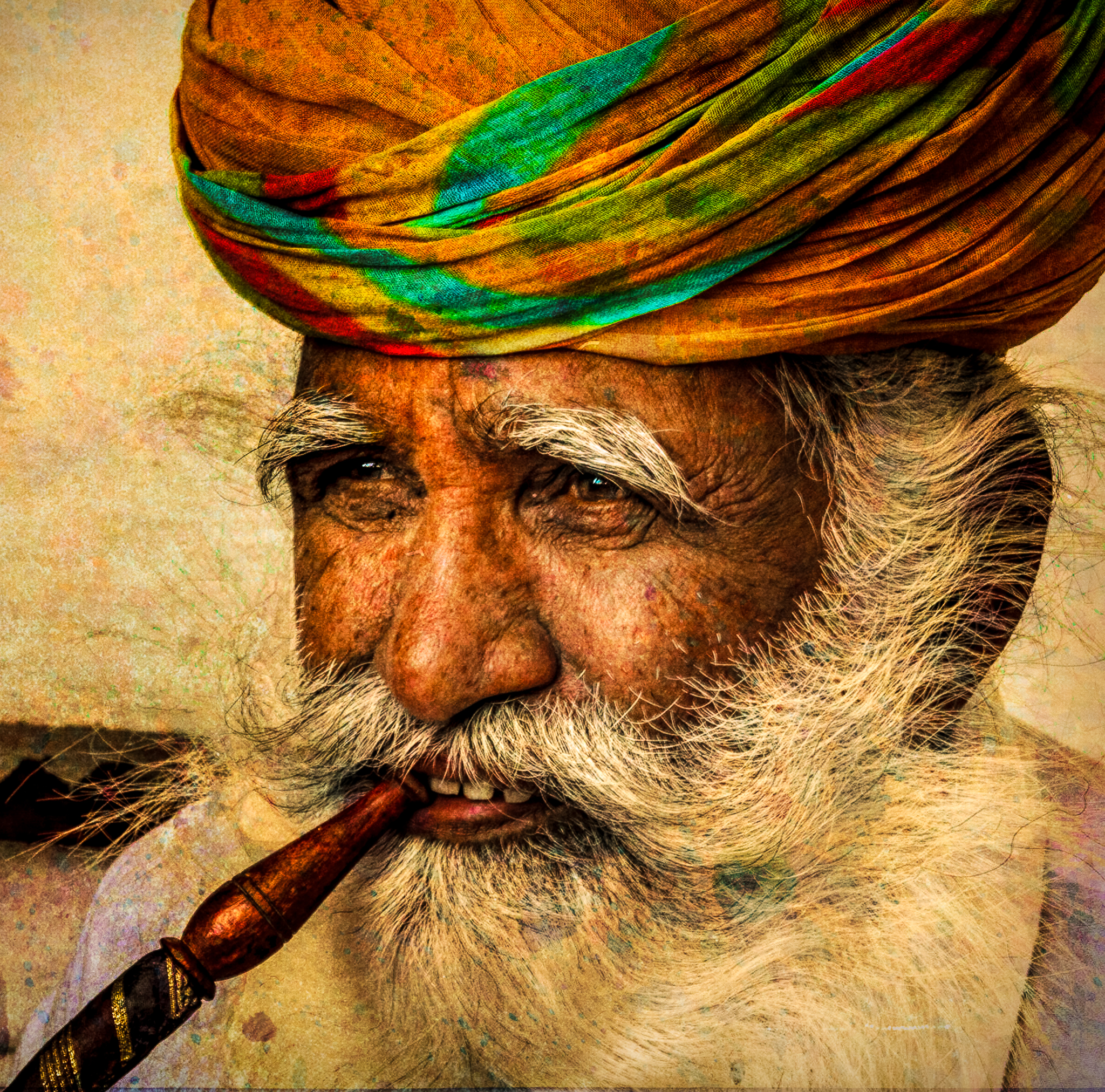 58139D - India Man with Colorful Tur