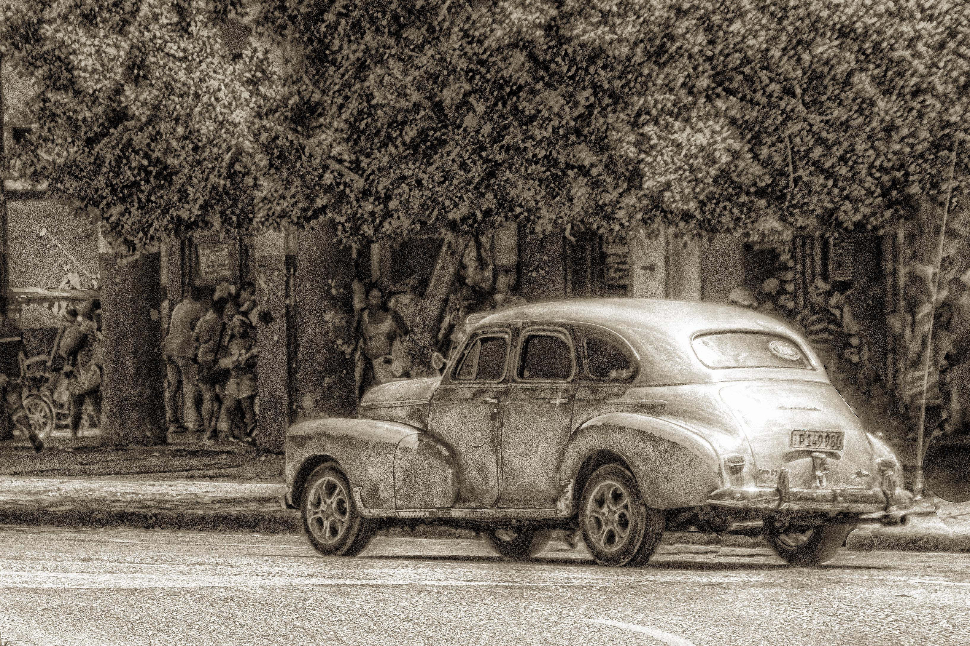 58151G - Vintage Car - BW