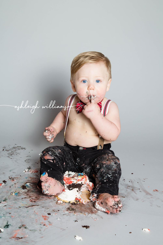 baby boy smash cake