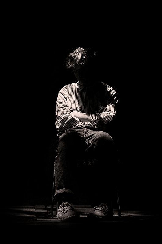 Skuespiller,sort og hvid, stemningsfuldt. Fotograf Thomas Boe Mikkelse