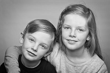 Portræt af søskendepar
