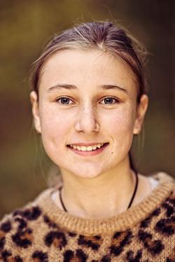 Portært af pige 4