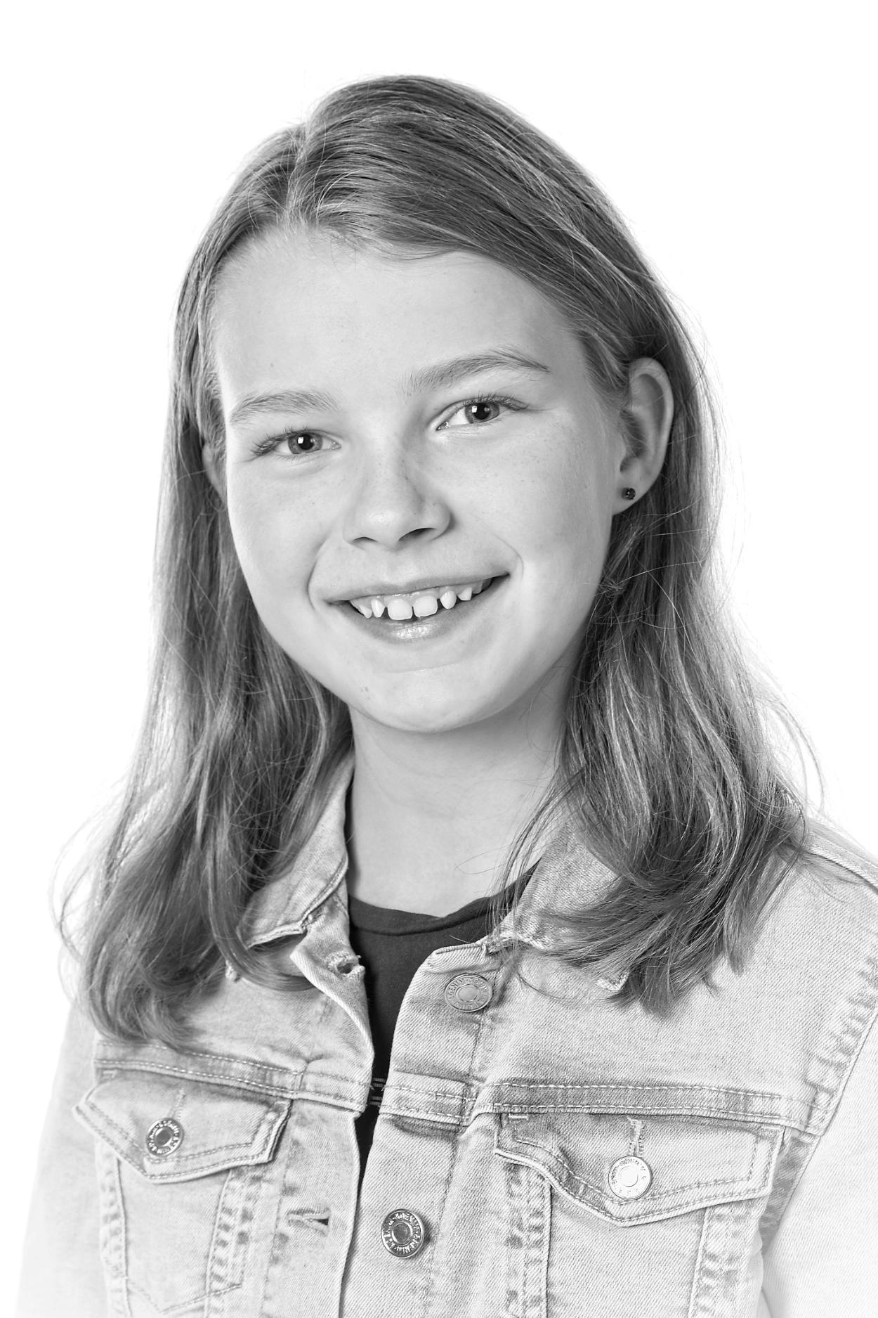 Emilia portræt kompri