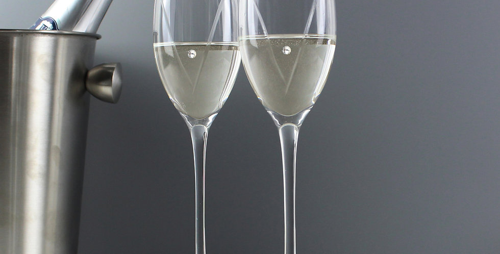 Personalised Hand Cut Mr & Mrs Pair of Flutes with Swarovski Elements in Gift Bo