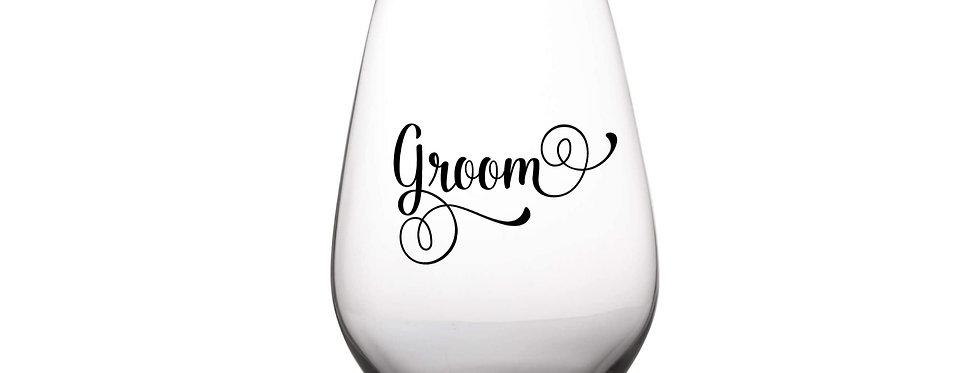 Groom Glass