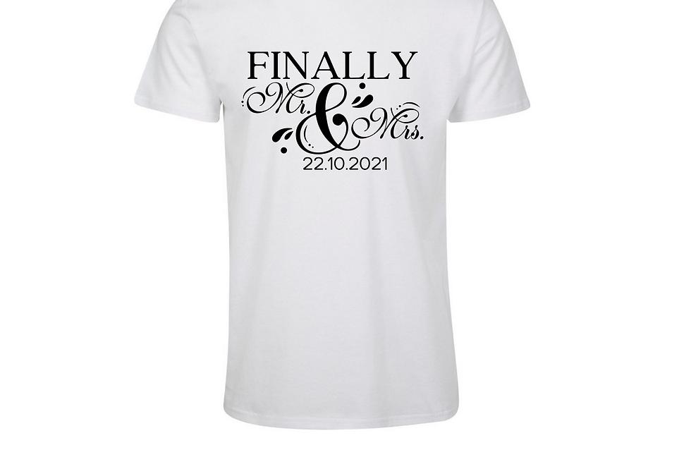 Finally Mr&Mrs T-Shirt