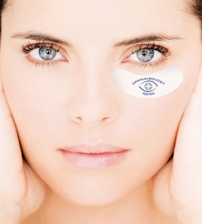 HOW TO BEST CARE FOR THE FRAGILE EYE CONTOUR AREA?