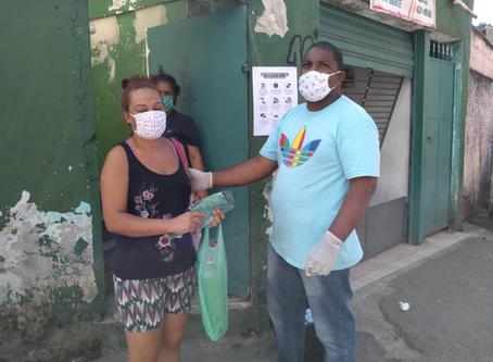 Entregas de máscaras para comunidades