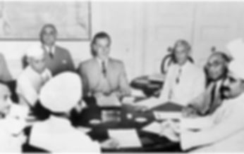 Lord_Mountbatten_meets_Nehru,_Jinnah_and