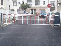 ESSYM, barrière automatique