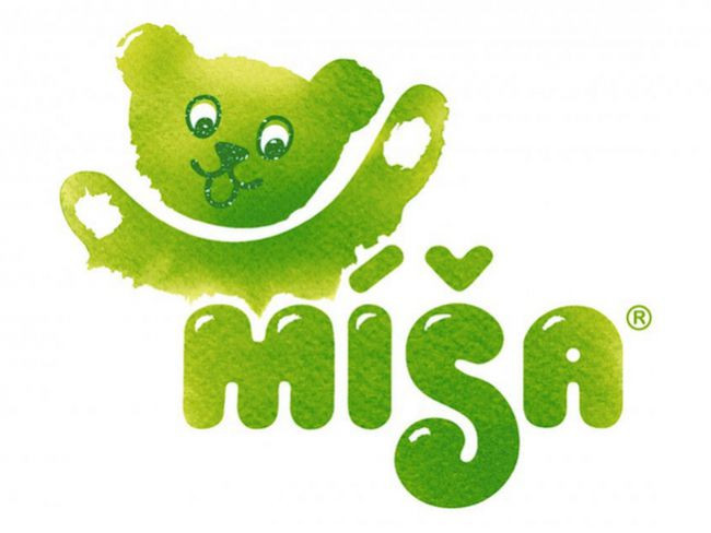 Come and Play! Our Redesign of Míša
