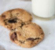 food-sugar-milk-cookie.jpg