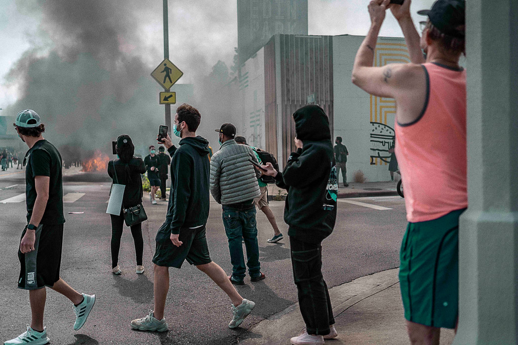 38.Bystanders, Los Angeles. May 30, 2020.jpeg