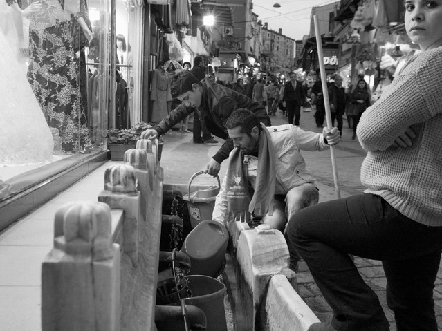 Washing up, Istanbul.jpeg