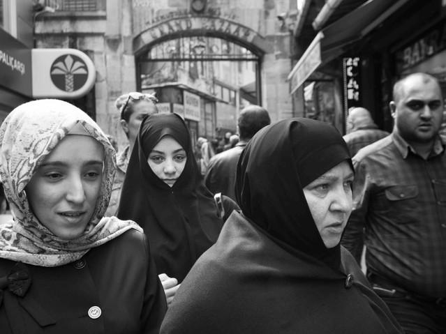 Three Muslim woman at the Grand Bazaar.j