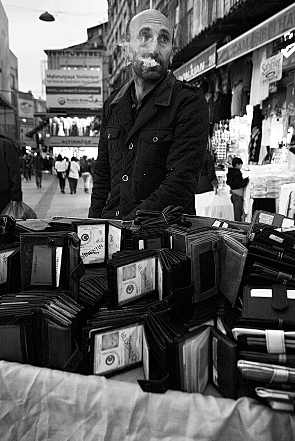 Puff Wallet, Istanbul. March 27, 2014.jp