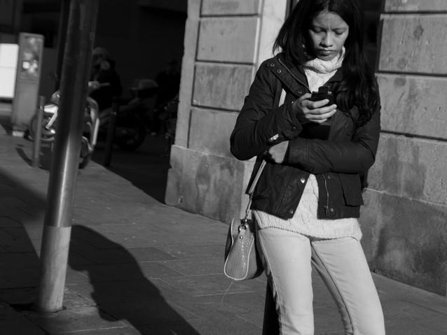 Texting Girl, Bareclona. November 22, 20