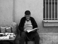 Spice Salesman reading paper.jpeg