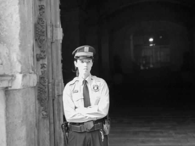 Mujer policía, Barcelona. November 19, 2