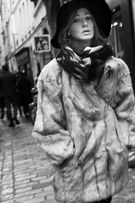 Parisian Woman, Paris. Novmber 24, 2013.jpg
