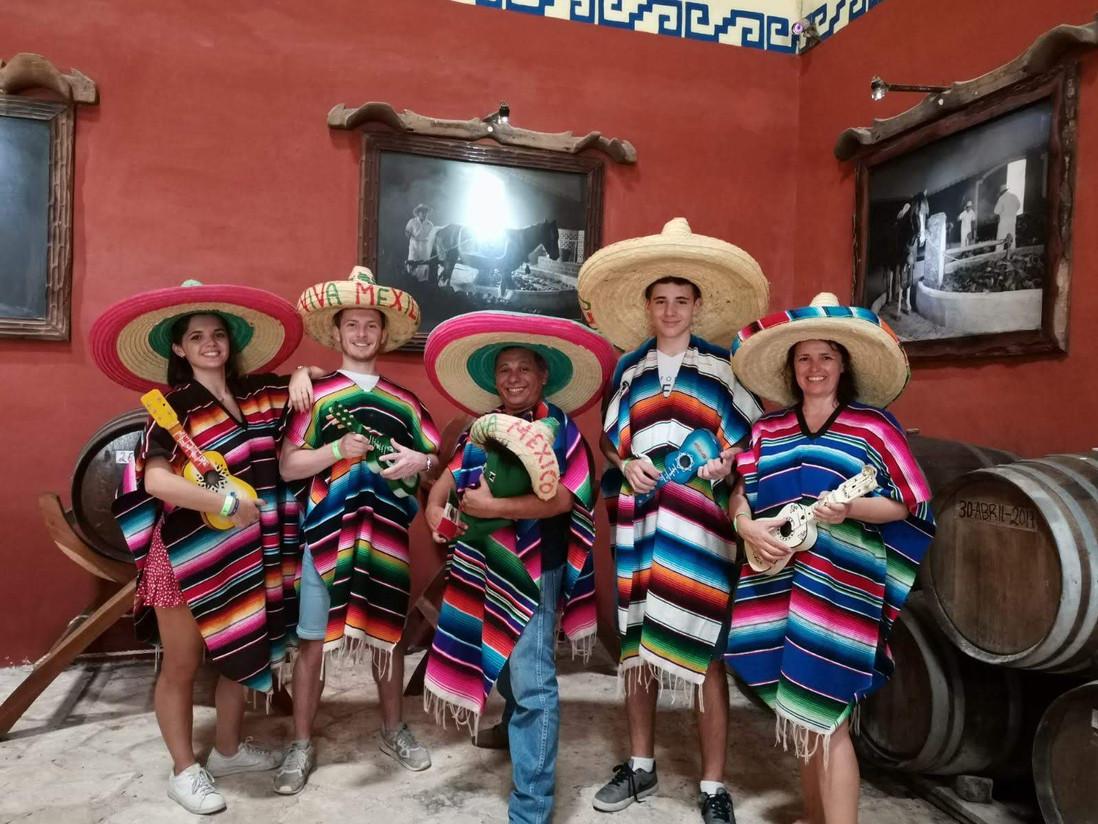 Visitors wiht mexican zarape
