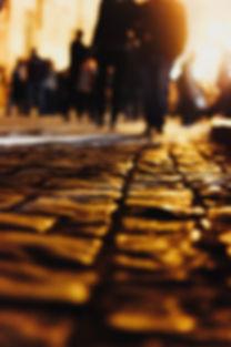 blurry-2073696_1920.jpg