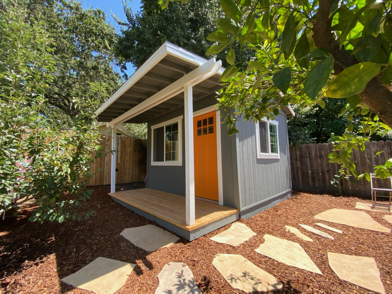 10x12' Office Shed with Porch
