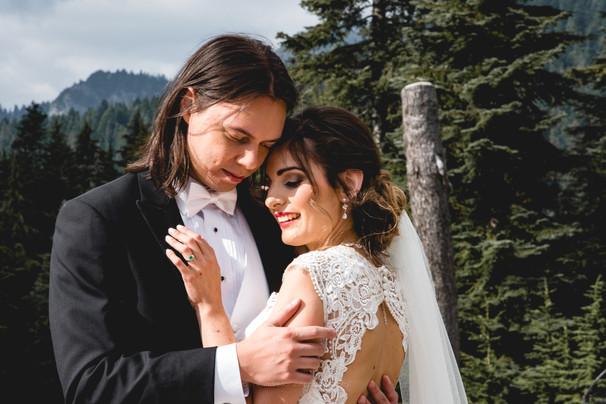 Grouse Mountain Wedding.jpg