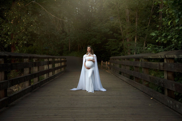 Outdoor Maternity Session.jpg