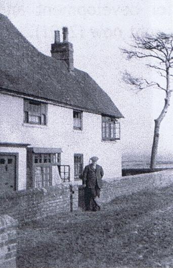 1930's photo Mr Hobden snr.jpg