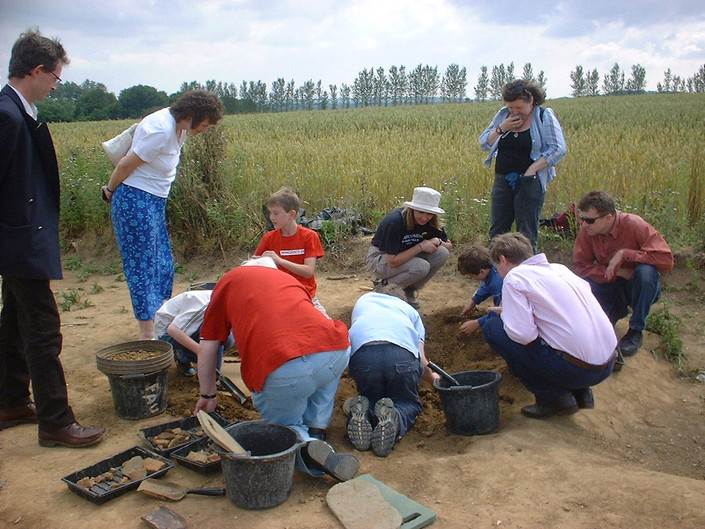 Open day 2005 - childrens pit.JPG