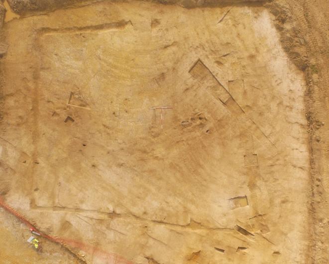 Drone photo of Roman feature.jpg