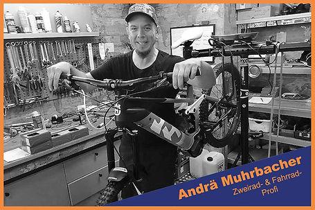 KFZ-Werkstatt_2RadCenterFe_Fahrradmechan