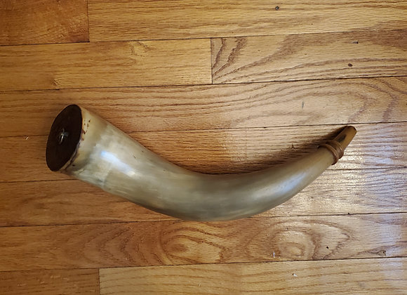 Musket Militia Horn Dated 1800 With Soldiers Initials and Carved Tip