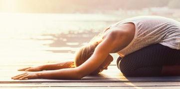 Posture Yoga Féminin sacré, initiatik Yoga
