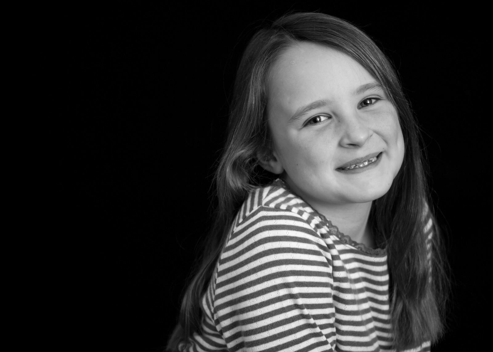 Fullscreen page family photographer beautiful black white