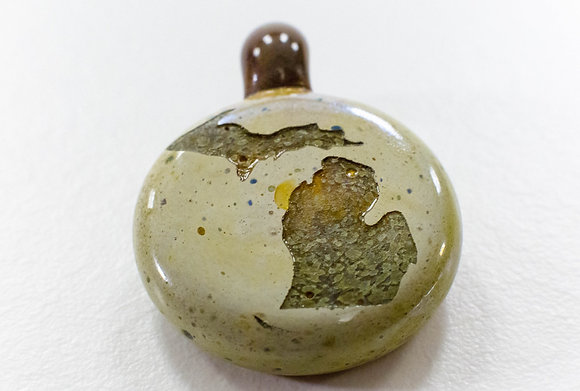 MICHIGAN GLASS PENDANT