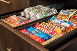 Guest Room - Snack bar