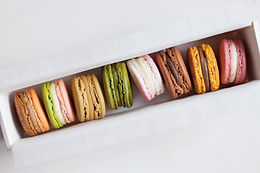 [Assorted] Box of 8 Macarons - (one of each flavour)