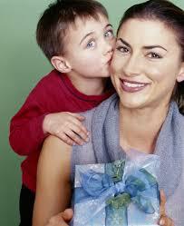 mothersdaybluegift.jpg