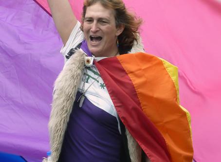 Movimento bissexual luta contra estereótipos e demanda visibilidade ao redor do mundo