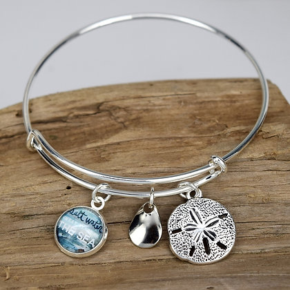 Dreaming of the Sea Button Bracelet with Sand Dollar Silver