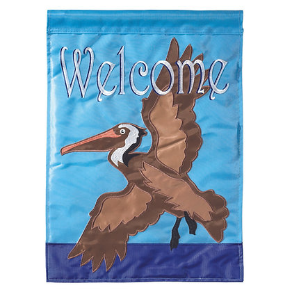 Pelican Welcome Garden Flag