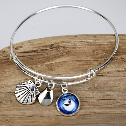 Mermaid Diving Button w/ Sea Shell and Silver Bracelet