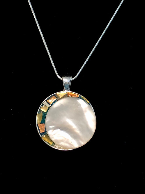 Circle mosaic necklace