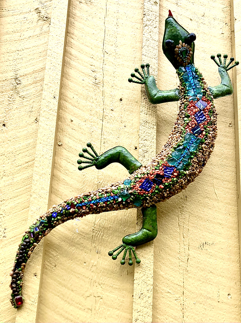 Lounging Lizard