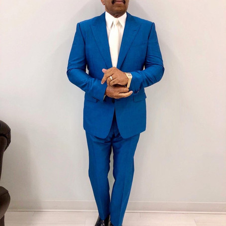 'Clean As a Whistle': Steve Harvey Fans Go Crazy Over His Latest Suit-and-Tie Combinations