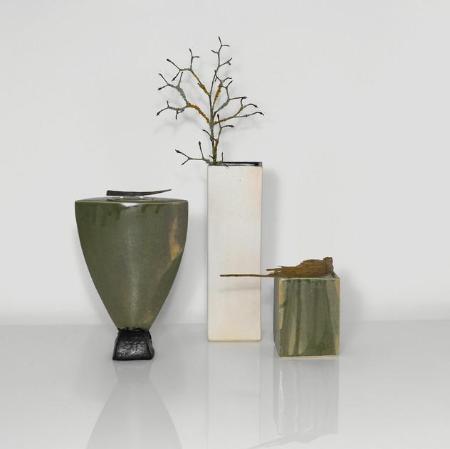 Creme-weiße Kuboid Vase