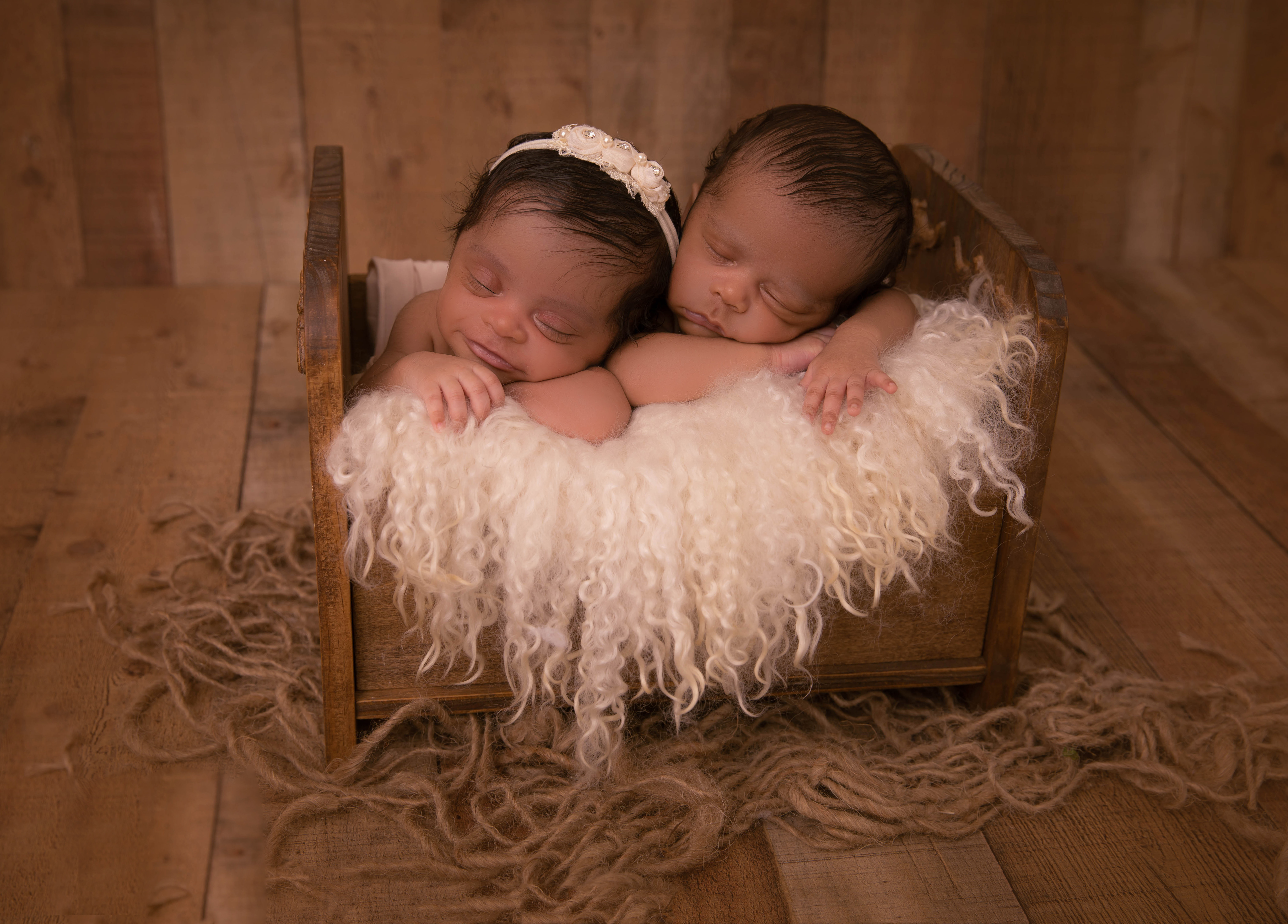 Twins-10